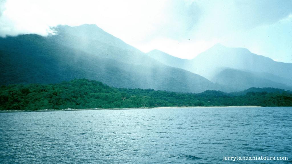 Lake Tanganyika Literally Flows Through 4 Different Countries